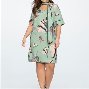 ELOQUII Green Floral Neck Tie Dress